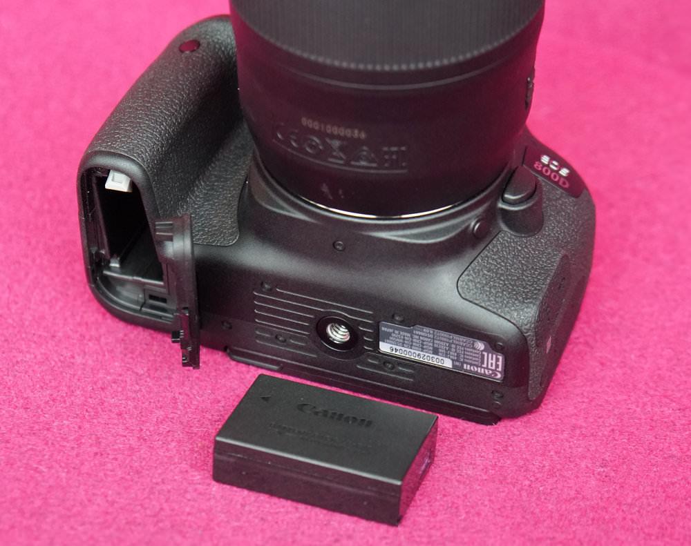 Canon EOS 800D (11)