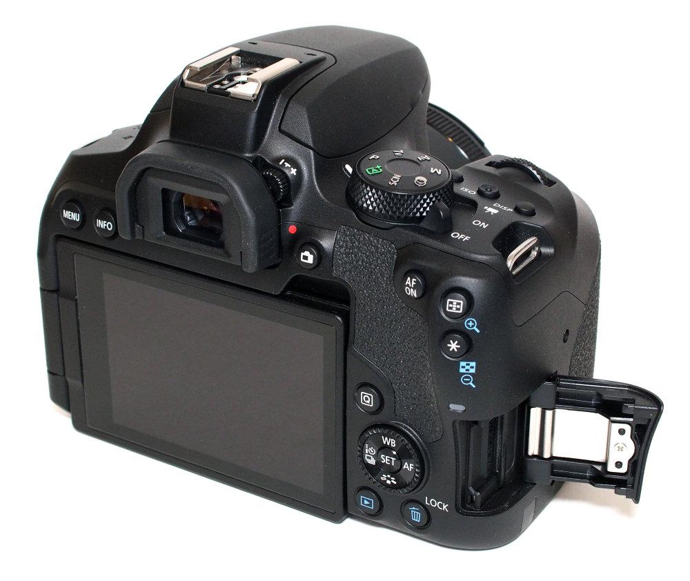 Canon EOS 850D (11)
