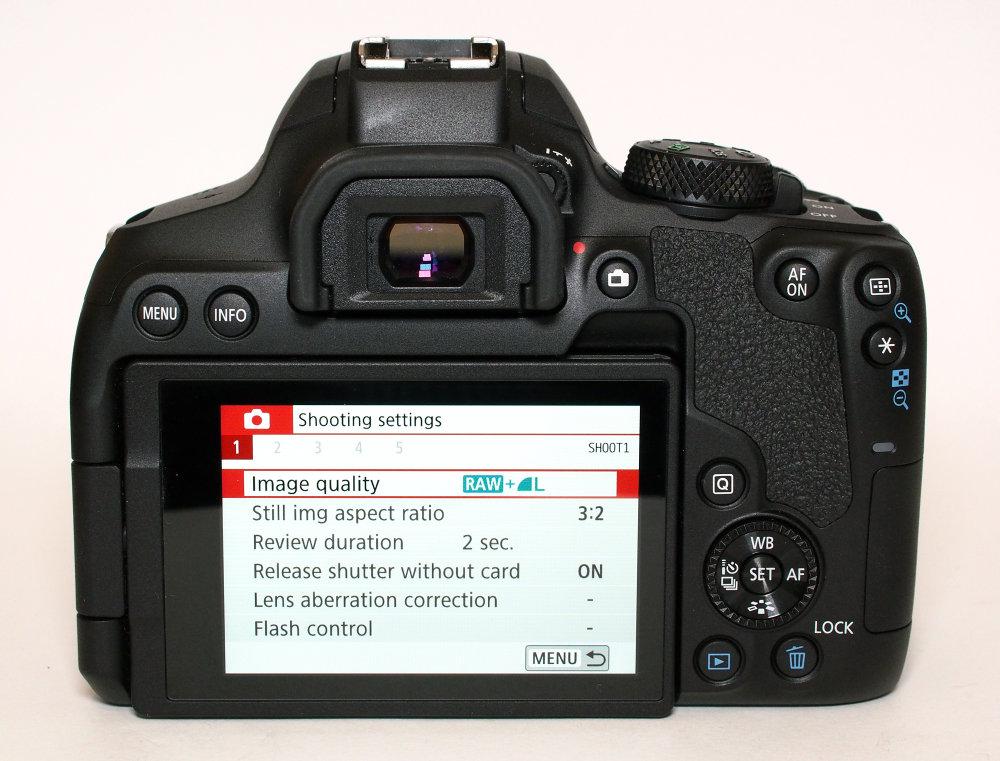 Canon EOS 850D (2)