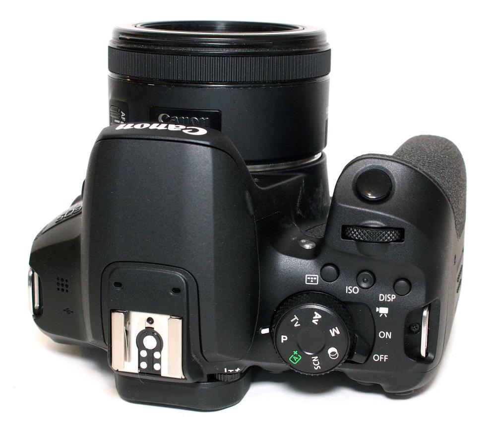 Canon EOS 850D (9)