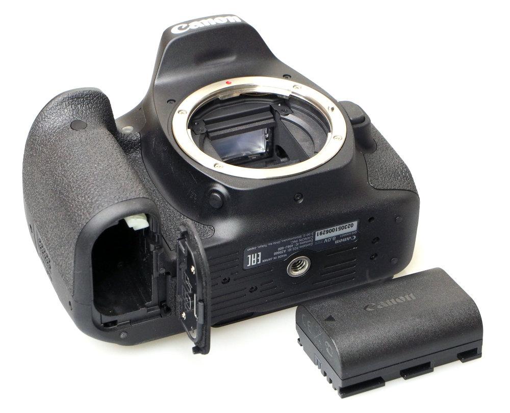 Canon EOS 90D DSLR (10)