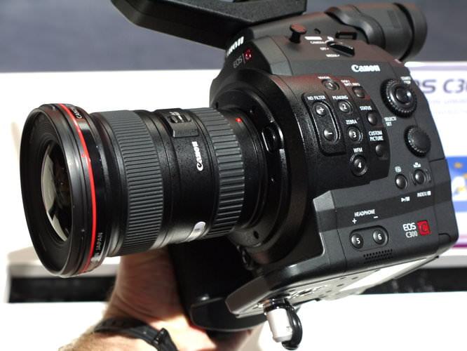 Canon Eos C300 (3)
