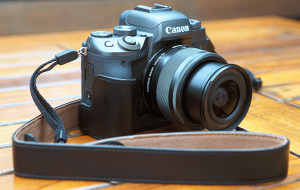 Canon EOS M5 Full Review