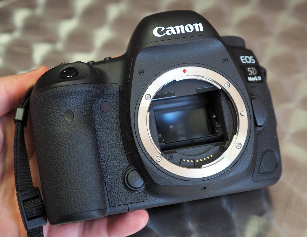 Canon EOS 5D Mark IV (6)