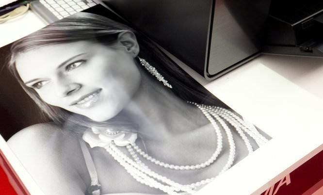 Monochrome print