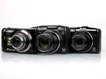 Canon SX120 IS, Casio EX-H10 & Kodak Z950 lined up