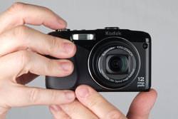 Kodak Easyshare Z950 held out