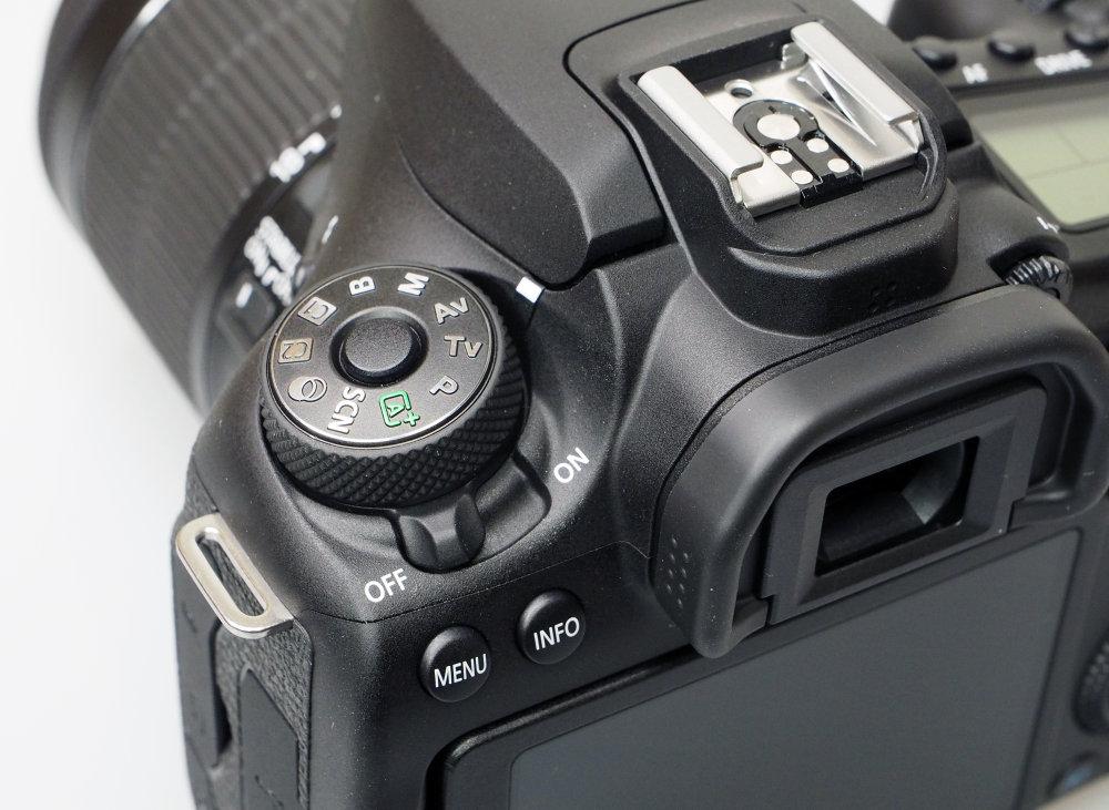 Canon EOS 90D DSLR (6)