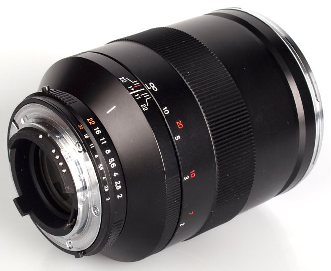 Carl Zeiss 135mm F2 Tstar Lens (5)