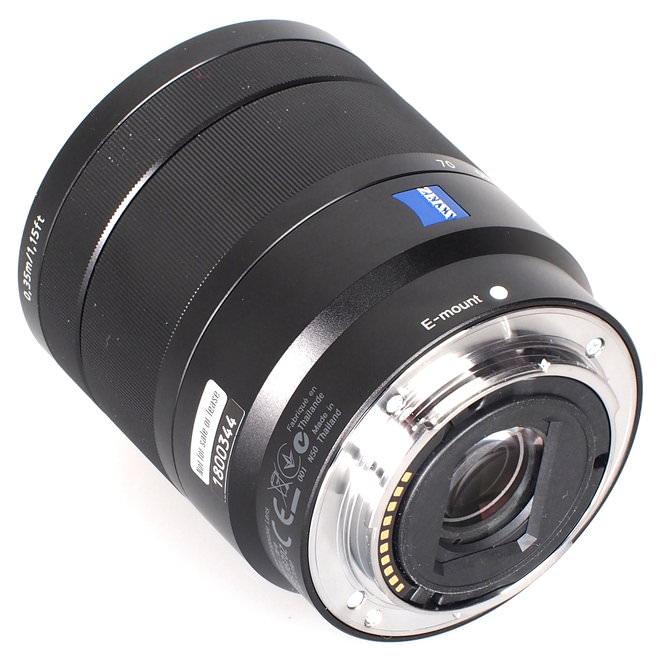 Sony Carl Zeiss Vario Tessar E 16 70mm F4 ZA OSS Lens (6)