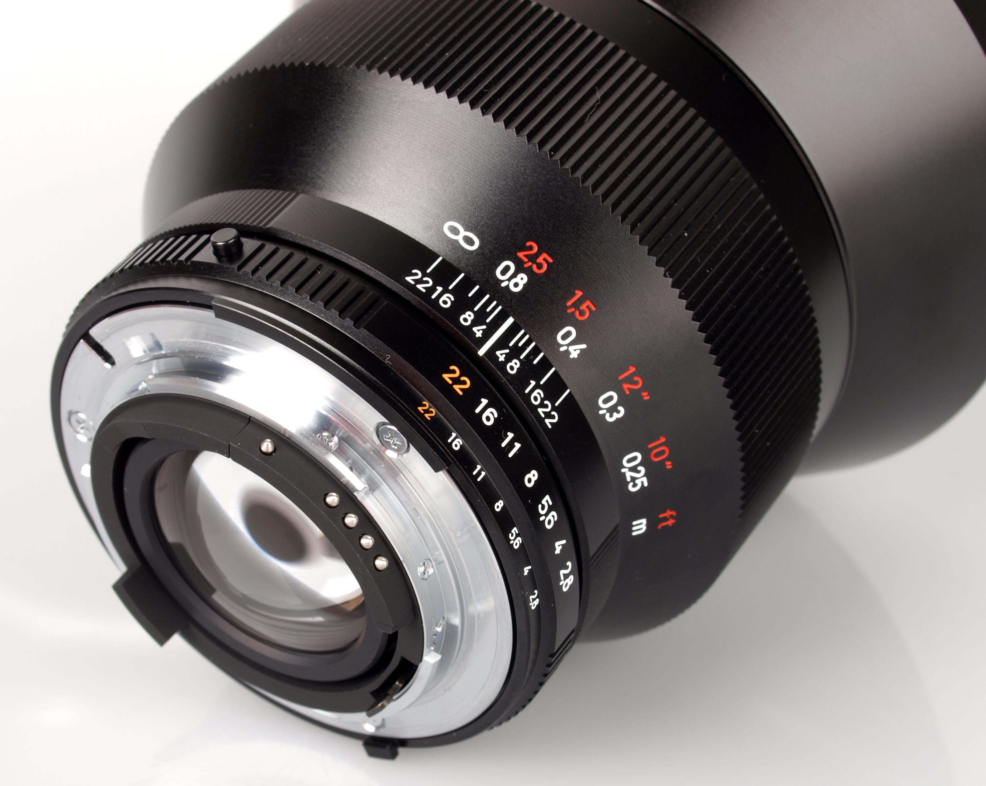 Zeiss Distagon T* 15mm f/2.8 ZF.2 (FX) - Review / Test Report