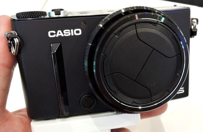Casio Exilim EX 10 Blue (4)