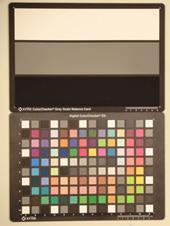 Casio Exilim EX-ZR10 Test chart ISO400