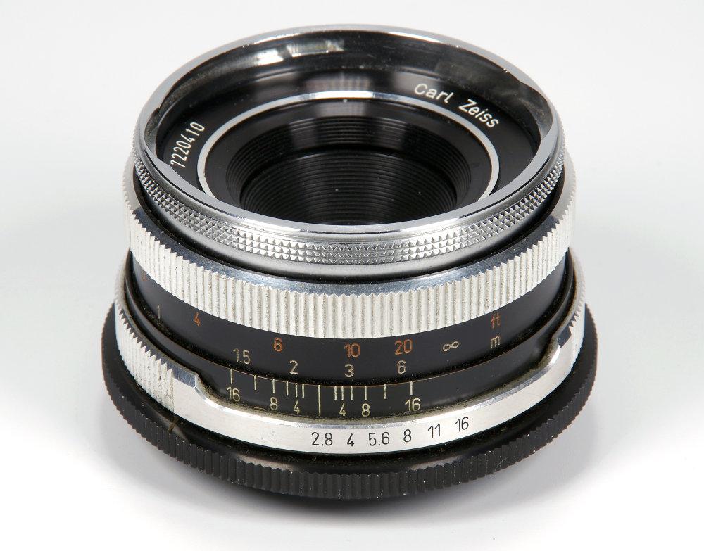 Carl Zeiss Tessar 50mm F2,8 Vertical View