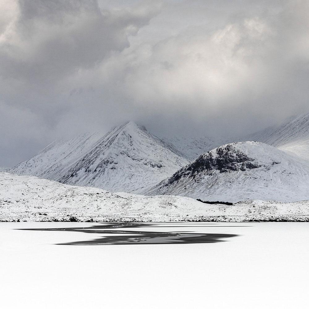 Paul Millar - Winter Light. Lochan na h-Achlaise, Glencoe