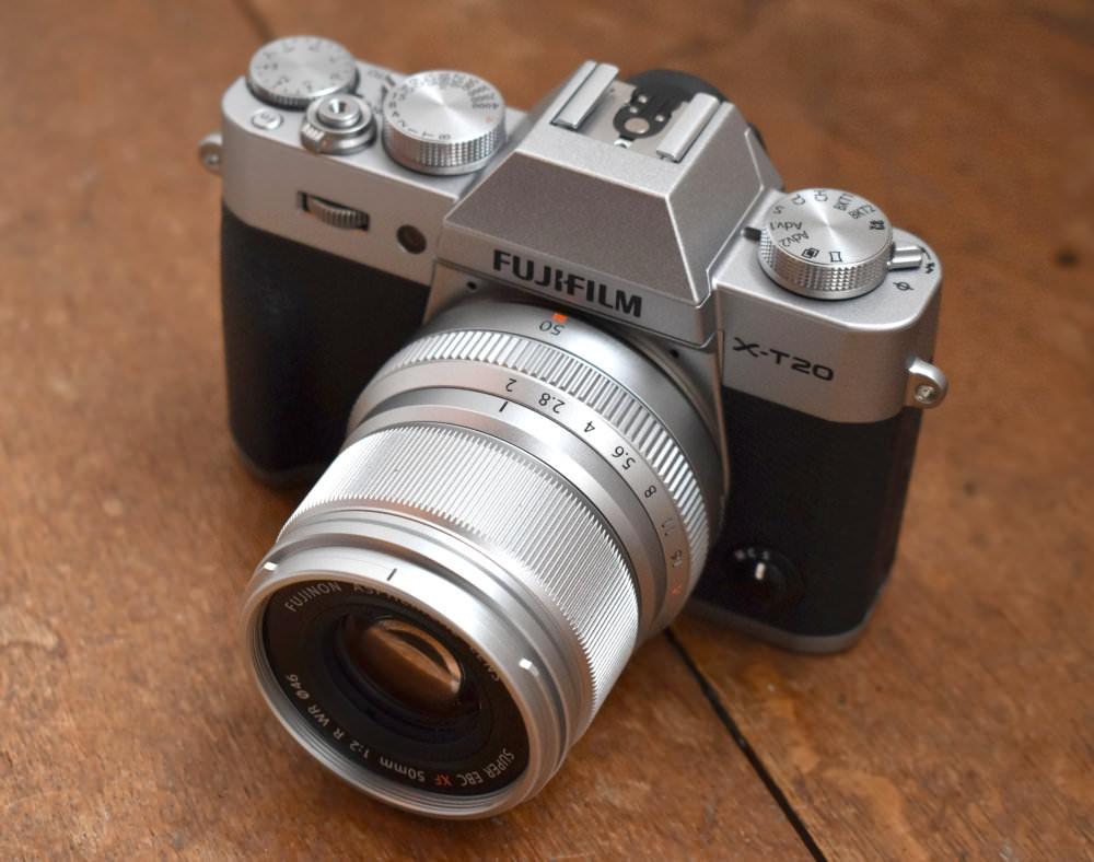 Fujifilm X T20 Silver (1)