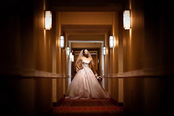 Bride hotel corridor