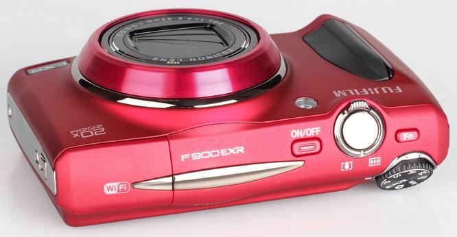 Fujifilm FinePix F900EXR Red (5)