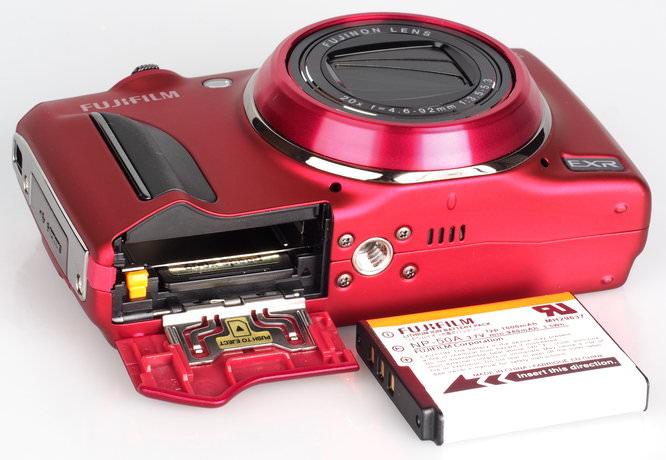 Fujifilm FinePix F900EXR Red (7)