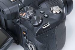 Fujifilm FinePix HS10 command dials