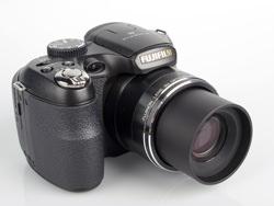 Fujifilm Finepix S2800HD front lens