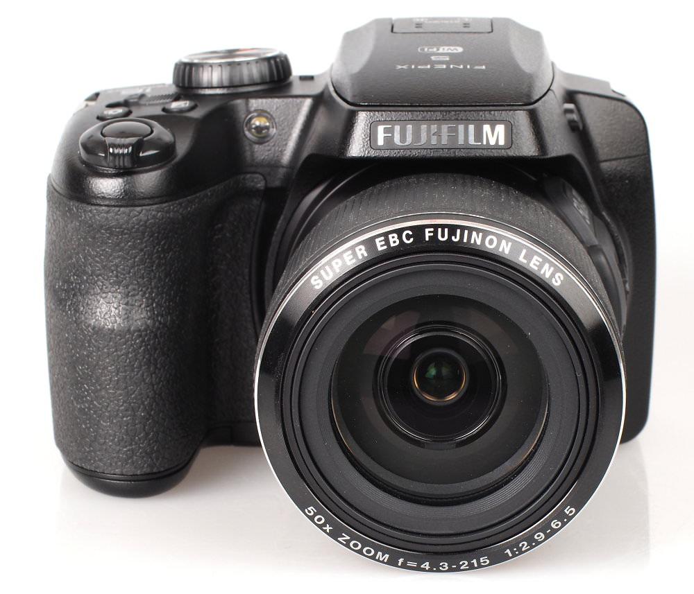 Fujifilm FinePix S9900W Black (2)