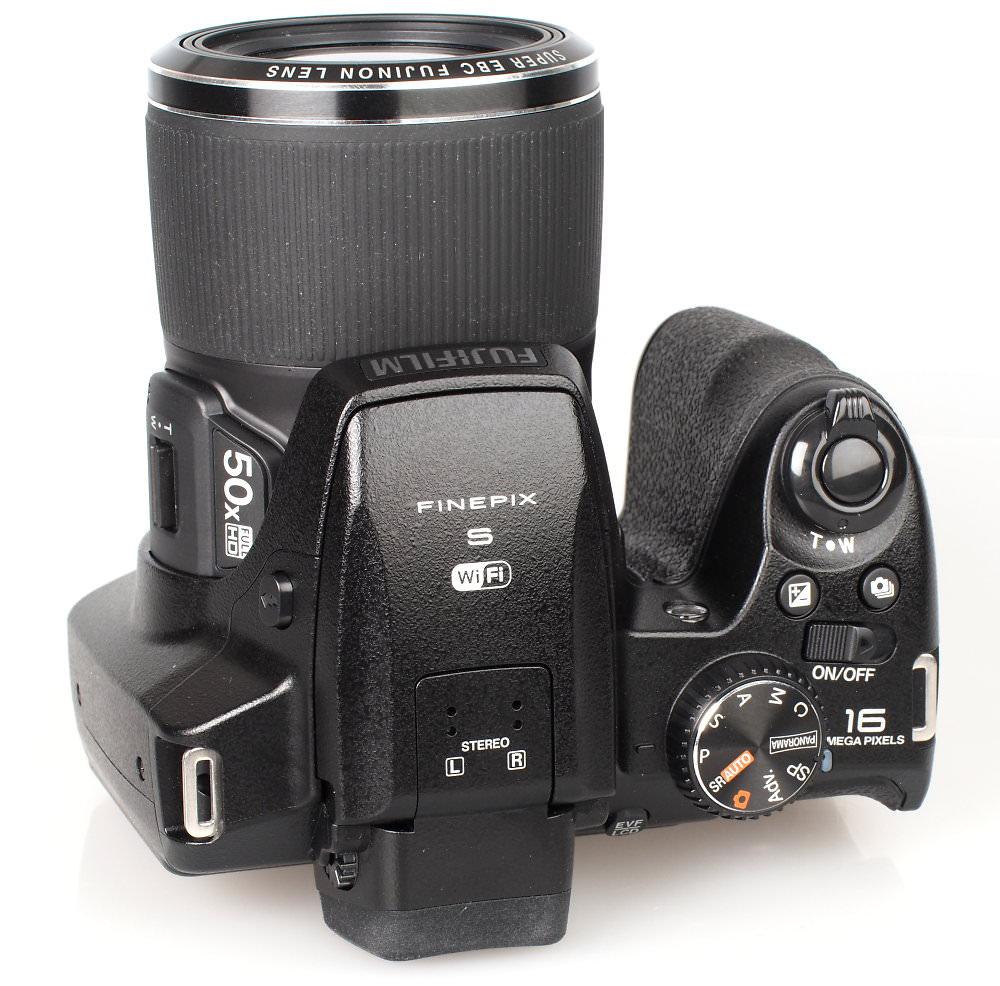 Fujifilm FinePix S9900W Black (5)