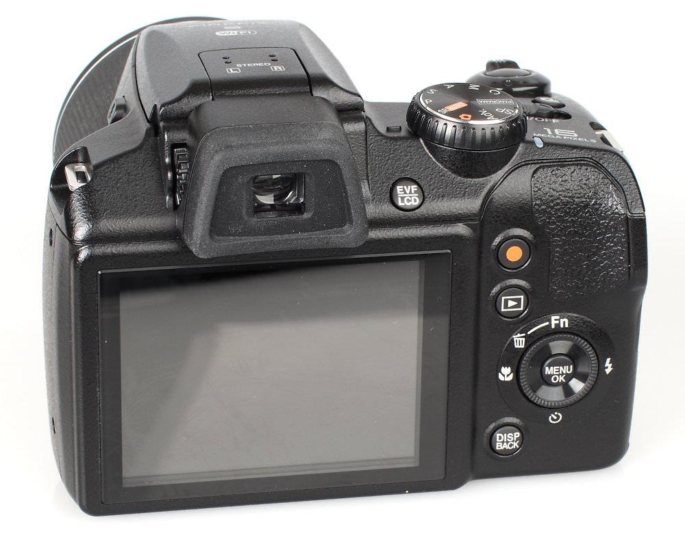Fujifilm FinePix S9900W Black (6)