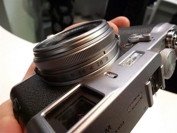 Fujifilm X100 aperture ring