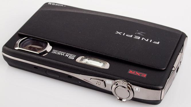 Fujifilm FinePix Z900 EXR top