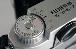 Fujifilm GF670 Professional - shutter speed dial