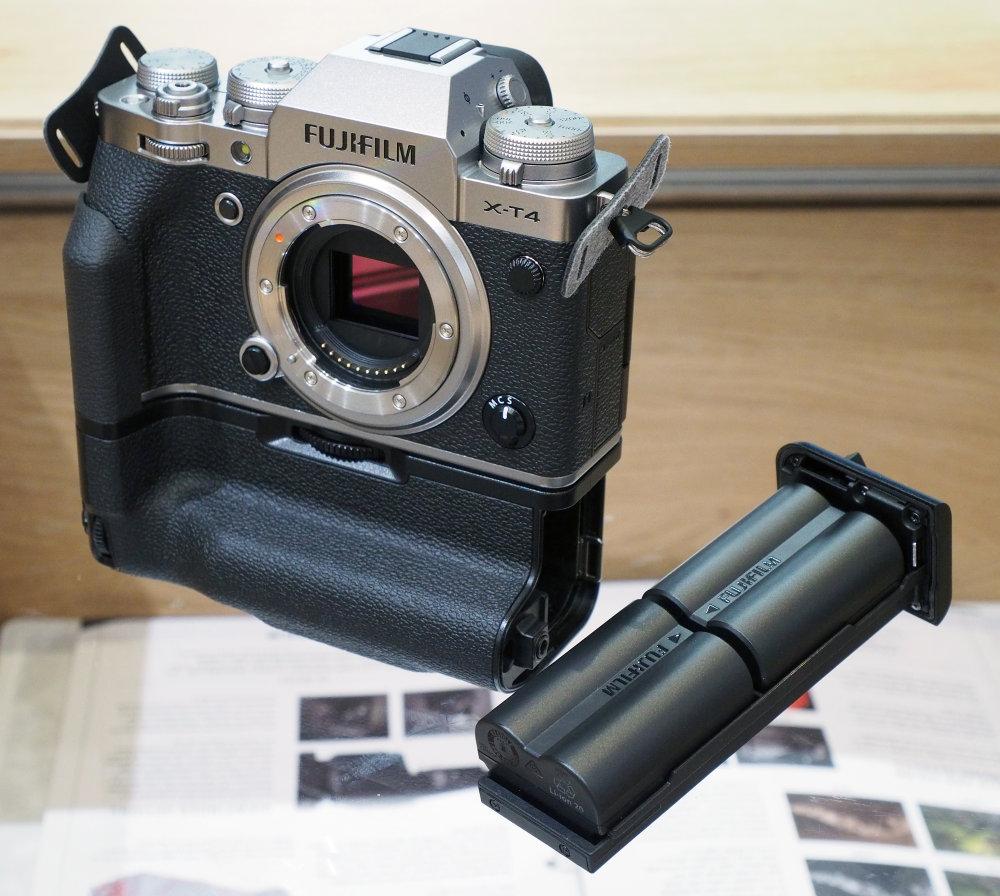Fujifilm XT4 Battery Grip (6)