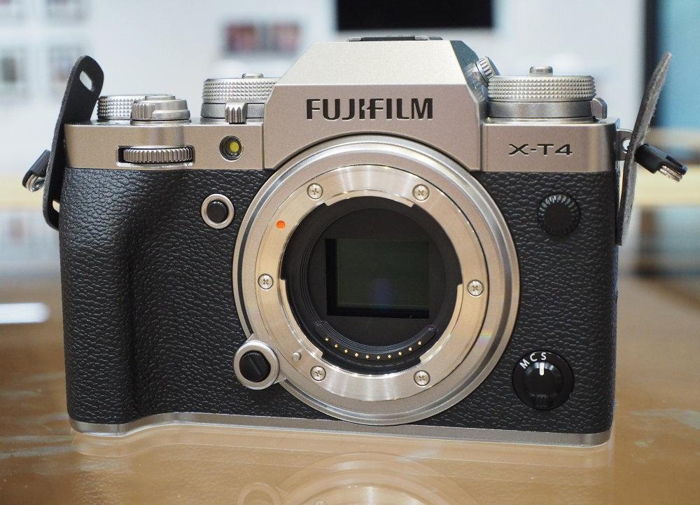 Fujifilm XT4 Silver (2)