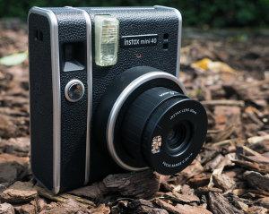 Fujifilm Instax Mini 40 Instant Film Camera Review