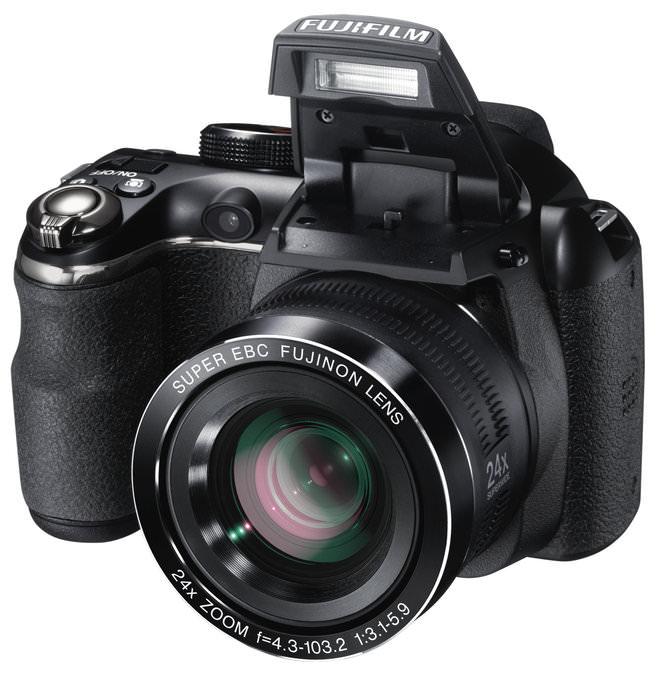 FinePix S4200