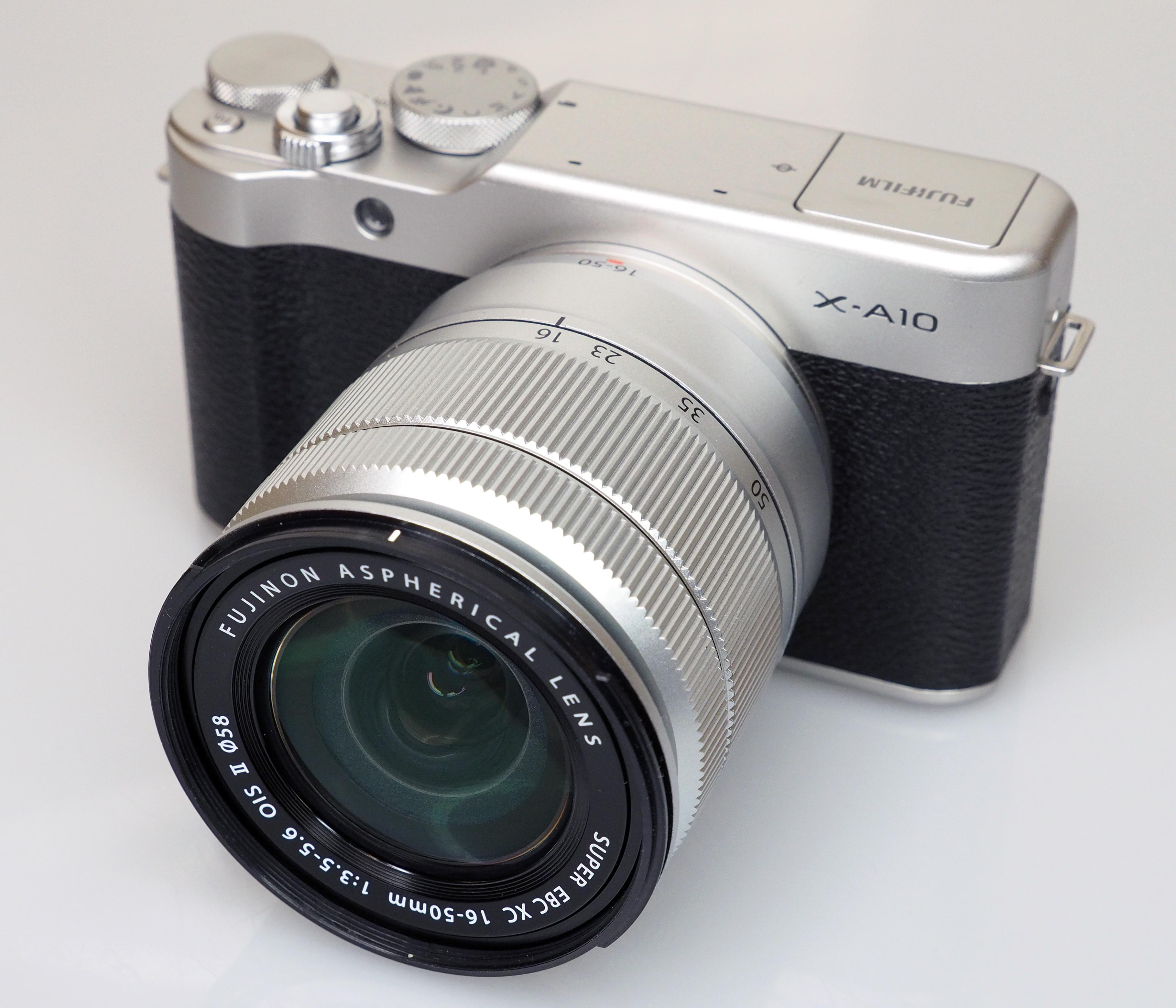 Fujifilm X A10 Review A3 Kit 16 50mm Silver Black 2