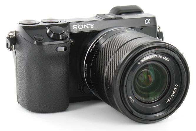 Sony NEX-7 Front Angle