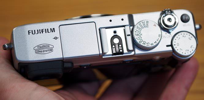 Fujifilm XE2 Hands On (7) (Custom)