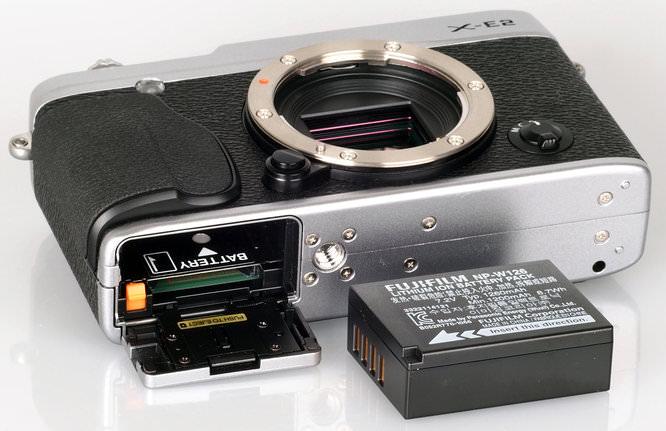 Fujifilm X E2 Body (1)