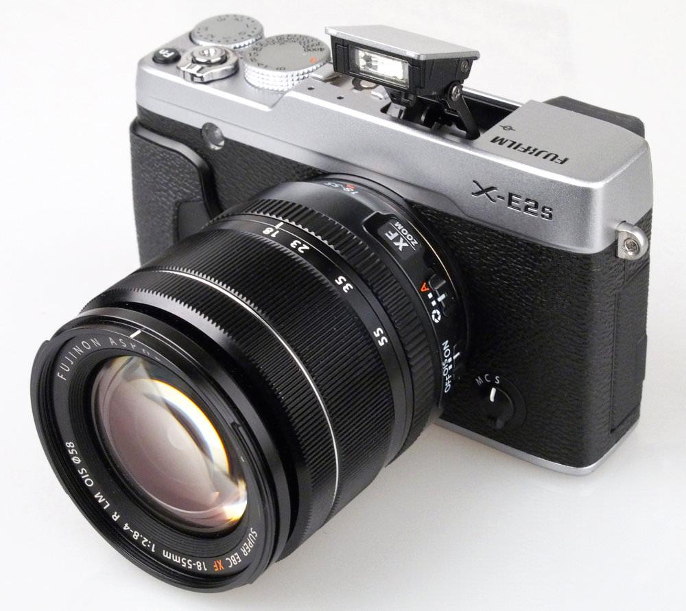 Fujifilm X E2s Silver (1)
