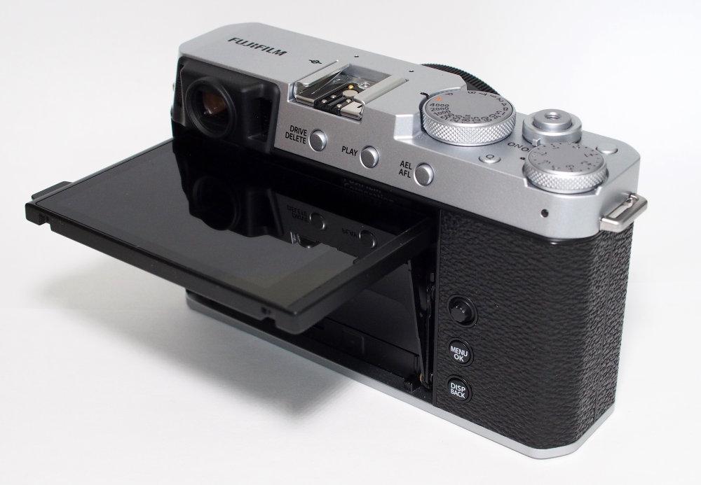 Fujifilm X E4 Silver (18)
