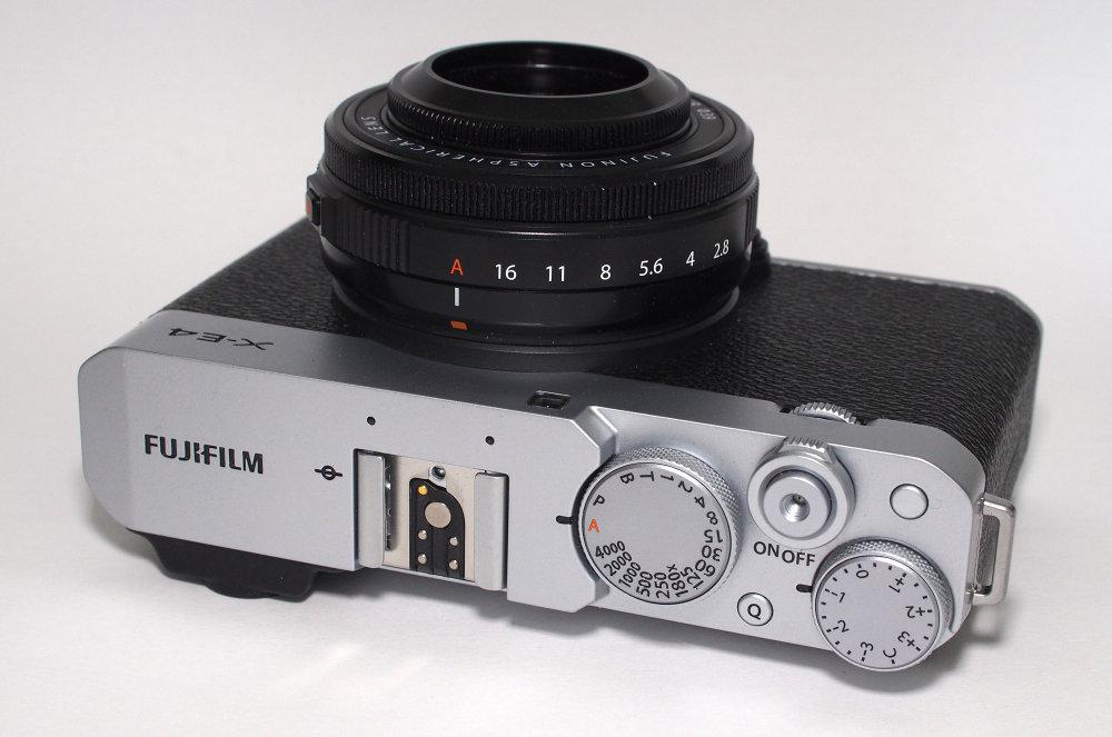 Fujifilm X E4 Silver (4)