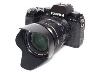 Fujifilm X-S10 Review