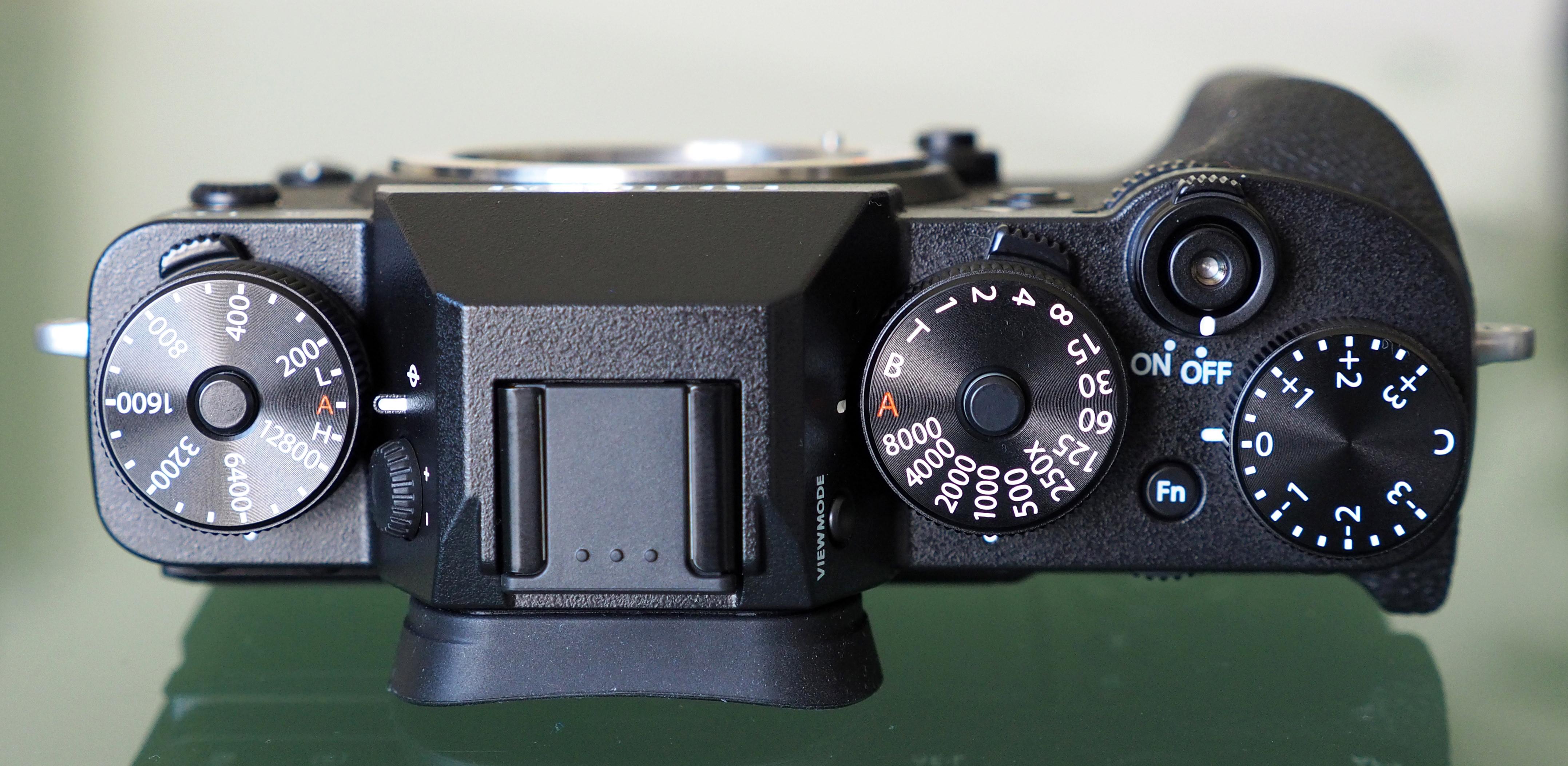 Fujifilm X T2 Expert Review Body Black 14
