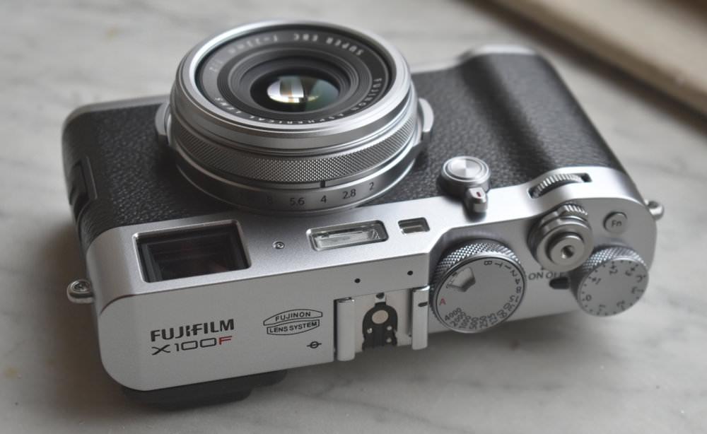 Fujifilm X100F Silver Black (4)
