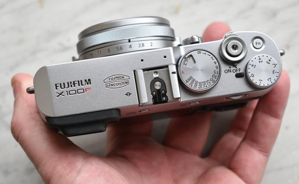 Fujifilm X100F Silver Black (6)