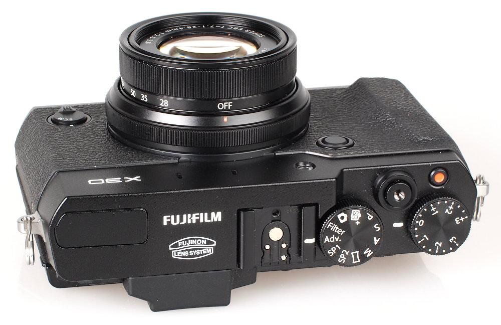Fujifilm X30 Black (9)