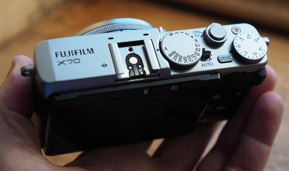 Fujifilm X70 (12)
