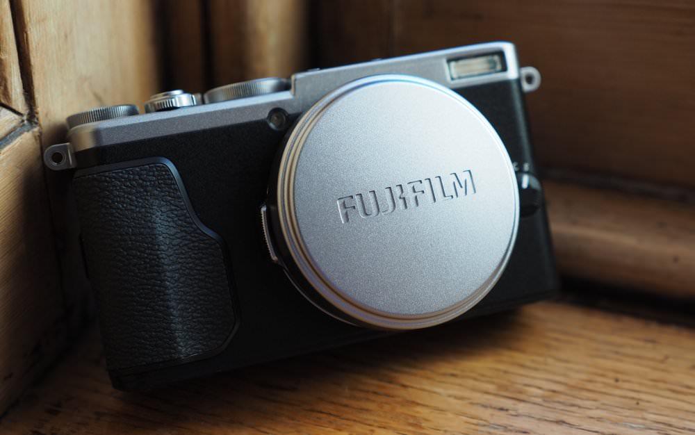 Fujifilm X70 (2)