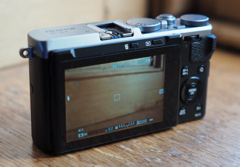 Fujifilm X70 (6)